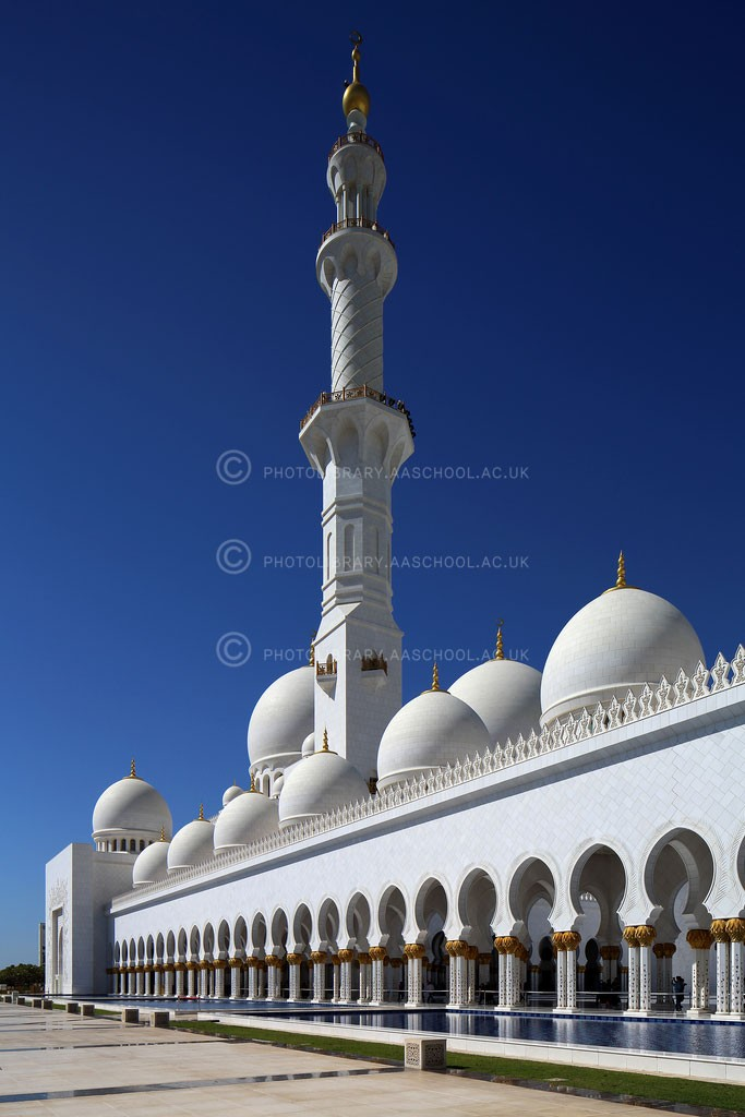 Sheikh-Zayed-Grand-Mosque-2007-PJlo